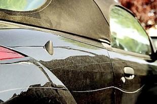 macchina-vandalizzata