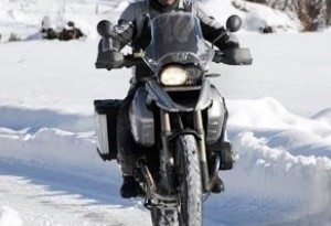 Arriva l'inverno: come bloccare l'assicurazione moto