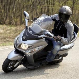 Assicurazione scooter 250cc come risparmiare